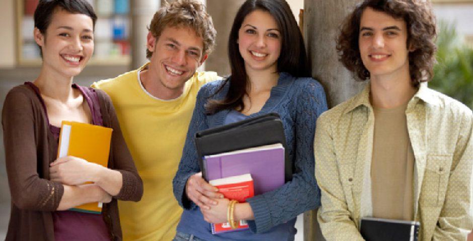 La preparatoria abierta, una opción para tu hijo adolescente